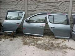 Двери передние, задние Renault Sandero, Рено Сандеро
