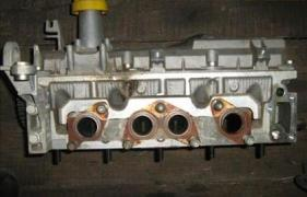 Головка блока, Блок двигателя Dacia Logan, Дача Логан